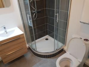 Pour rénover votre salle de bains faites confiance aux équipes de MB énergies !