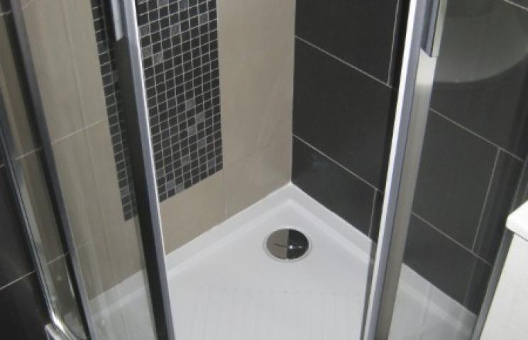 Installation d'une salle de bain clé en main